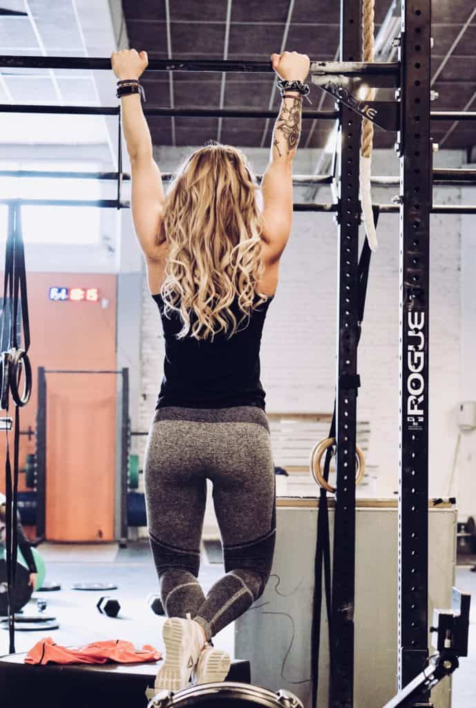 How To Use Pull-Up Bars for Home Exercise